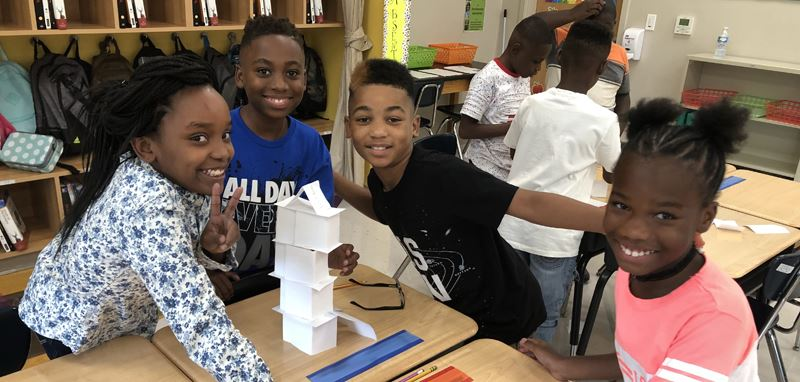 build the tallest freestanding tower using only index cards